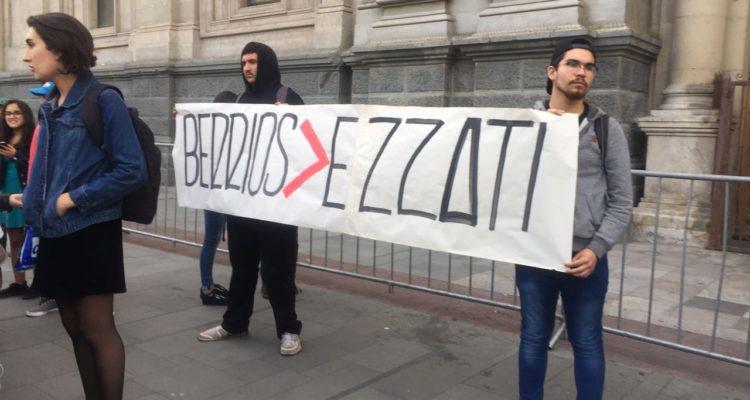 manifestacion-en-contra-de-los-dichos-de-ricardo-ezzati-4