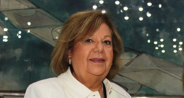 Dra. Carmen Norambuena   UsaCh