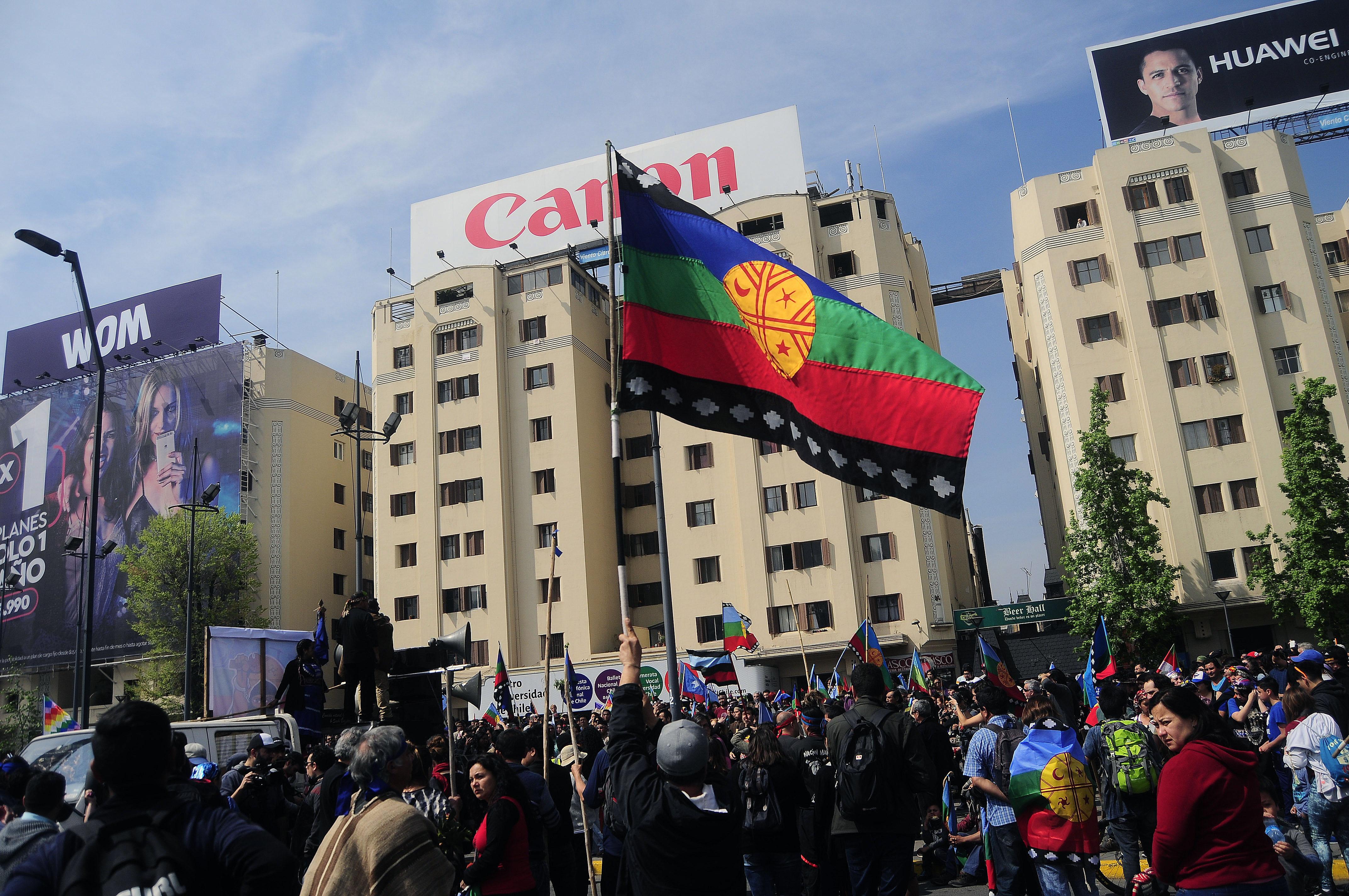 Marcha por la Resistencia Mapuche, en el marco del día de la raza (octubre de 2017) | Sebastián Beltrán Gaete | Agencia UNO