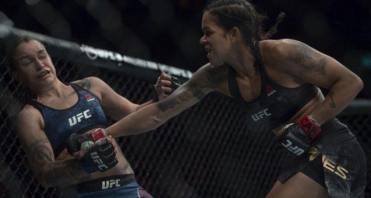 Polémica en UFC: luchadora suplicó a su entrenador no seguir peleando y acabó en hospital