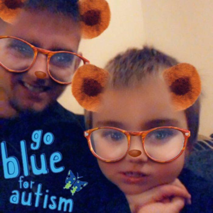Luke y su hijo | Facebook