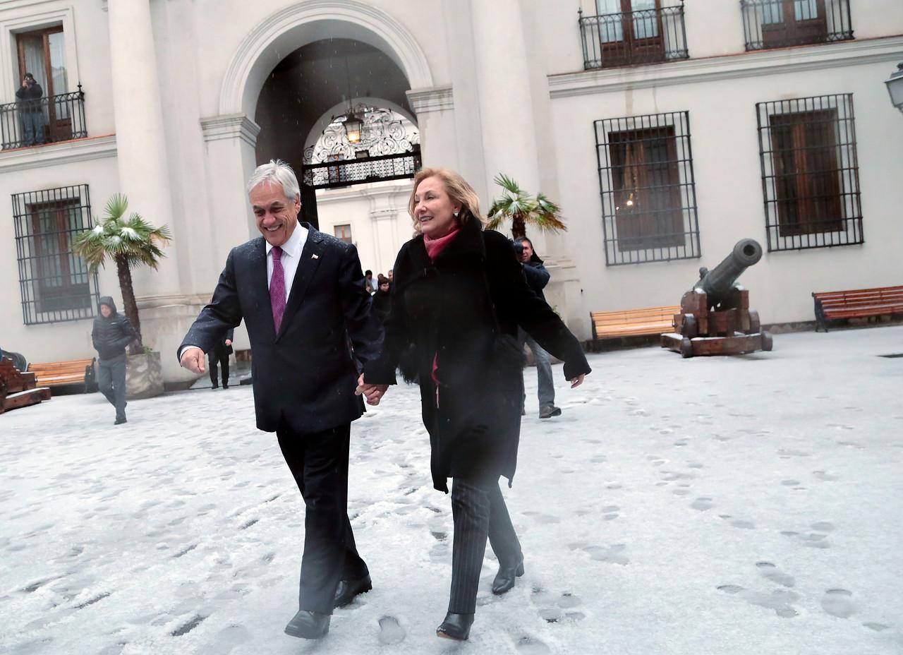 Piñera y Morel en la nieve.