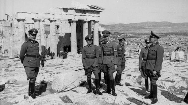 Atenas ocupada por los nazi
