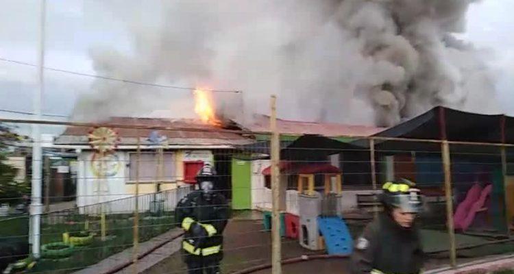 Incendio deja inhabitable jardín infantil en Villa Alemana ...