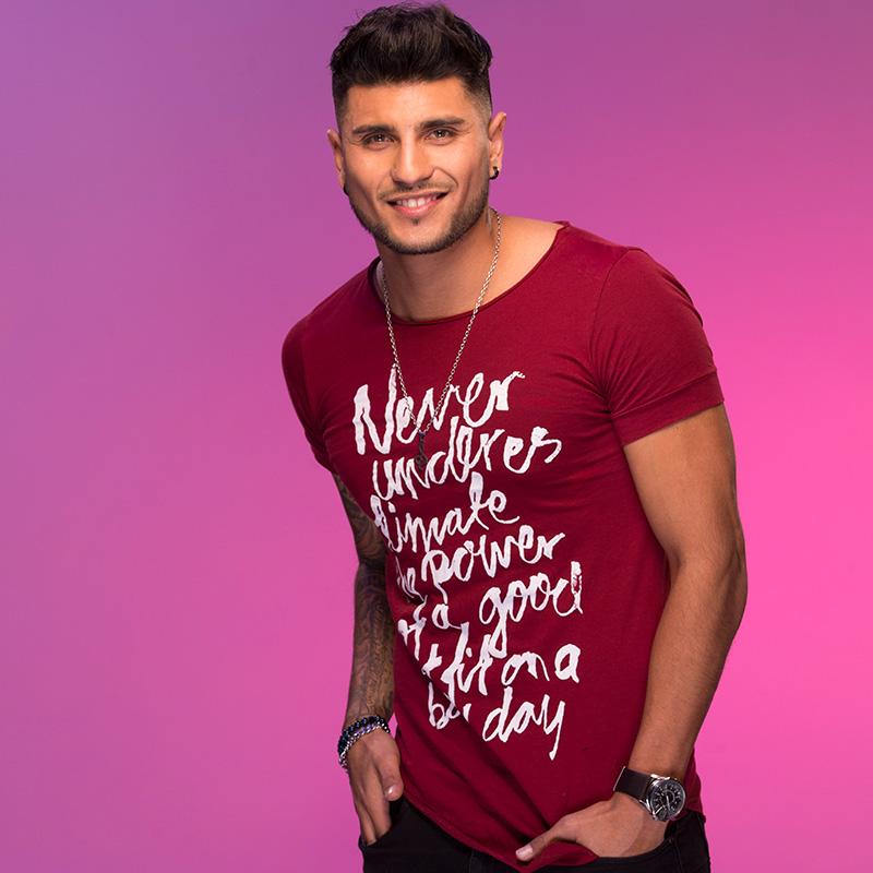 Rodrigo Silva, cantante | TVN
