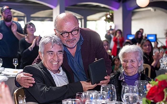 Jorge González, Horacio Salinas