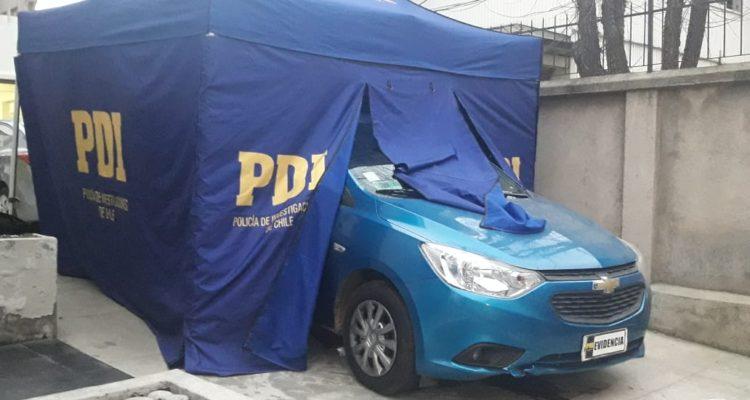 PDI realiza peritajes al automóvil del detenido | Gonzalo Pérez (RBB)