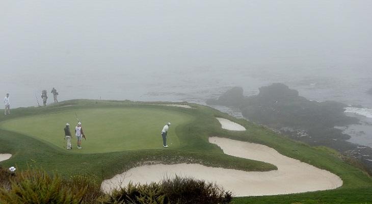 A la izquierda, el 'green'. Abajo a la derecha, un 'bunker' de arena. | Contexto | Agence France-Presse