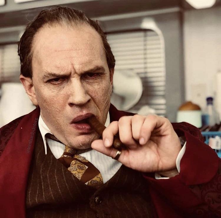 """Tom Hardy como Al Capone en """"Fonzo"""""""