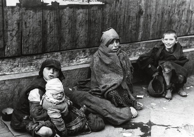 Niños en el Gueto de Varsovia | Wikipedia Commons
