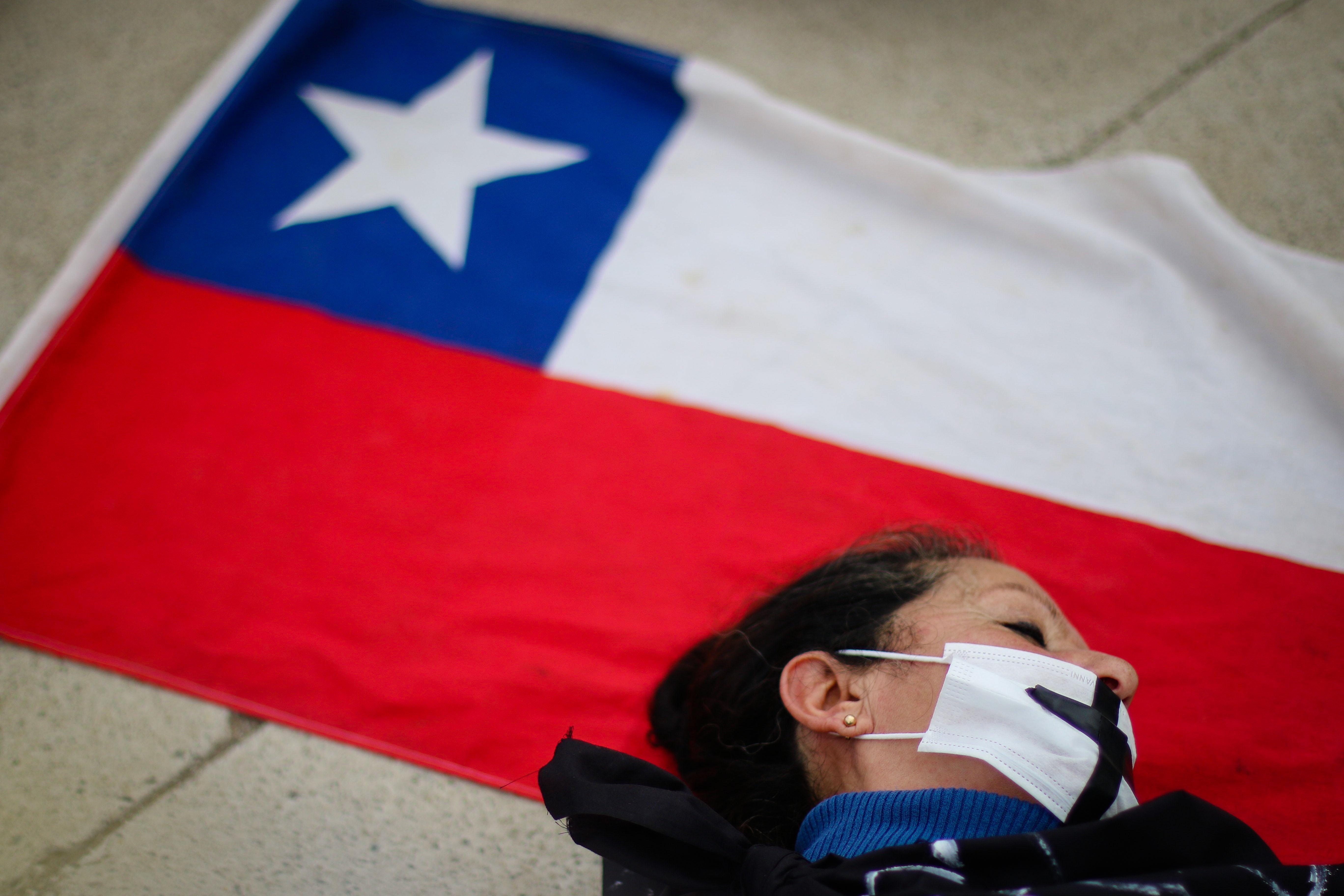 Intervención en las afueras del hospital de Quintero | Agencia UNO