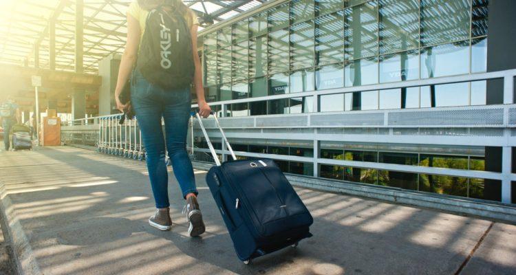 891b38814 Aerolínea Ryanair cobrará por la maleta de mano en aviones ...