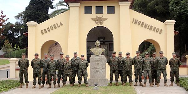 Escuela de Ingenieros del Ejército, donde antes funcionaba el Regimiento Tejas Verdes. En su interior hay tres placas de Manuel  Contreras | Ejército