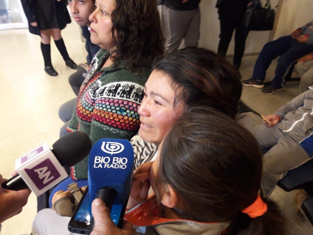 Mujer exige ayuda por crisis en Quintero y Puchuncaví | Gonzalo Pérez (RBB)