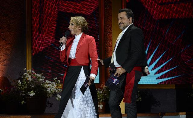 Karen Doggenweiler usando el traje de huasa elegante   Foto por Pablo Ovalle de Agencia UNO