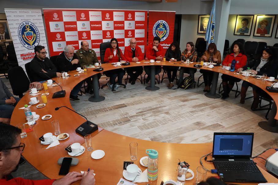 Reunión informativa por plaza Sotomayor | Municipalidad de Antofagasta
