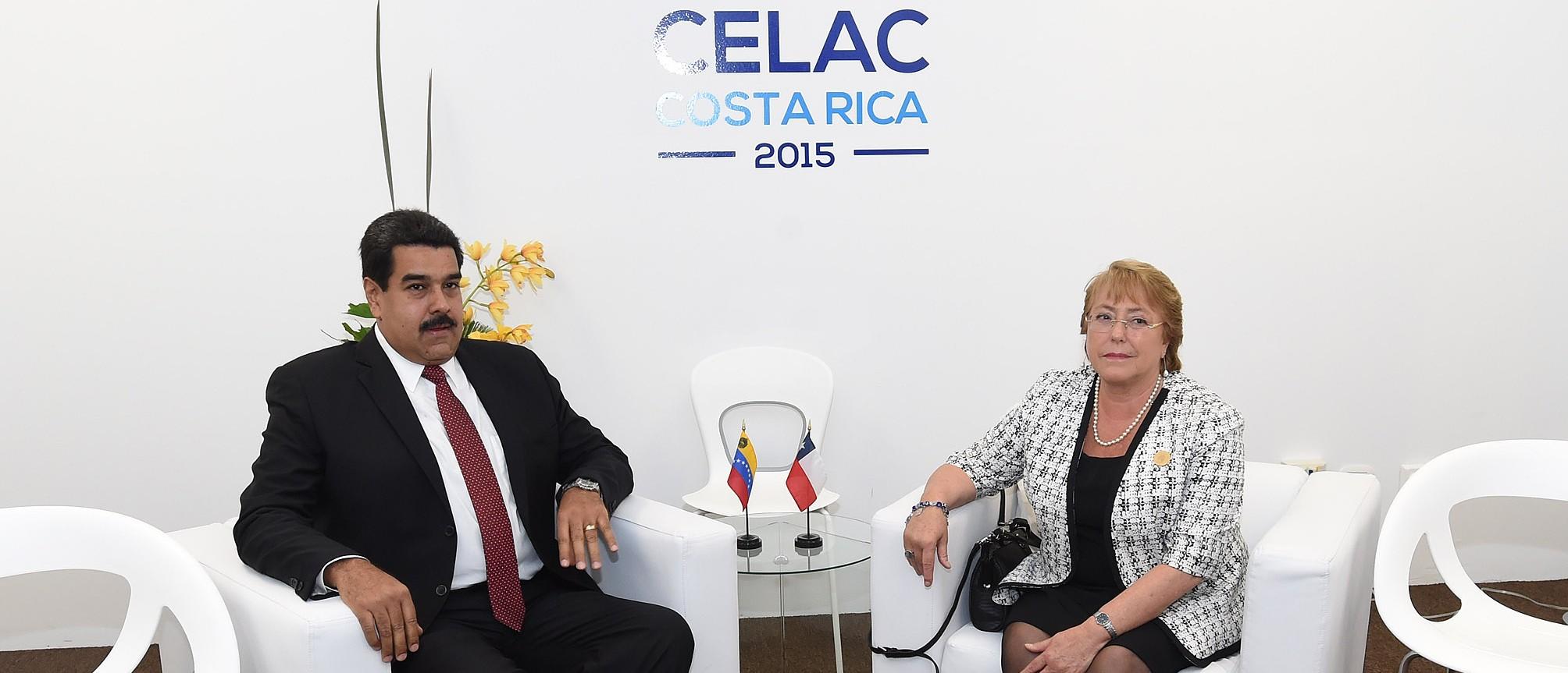 Bachelet y Maduro en la Celac 2015 | Foto Presidencia