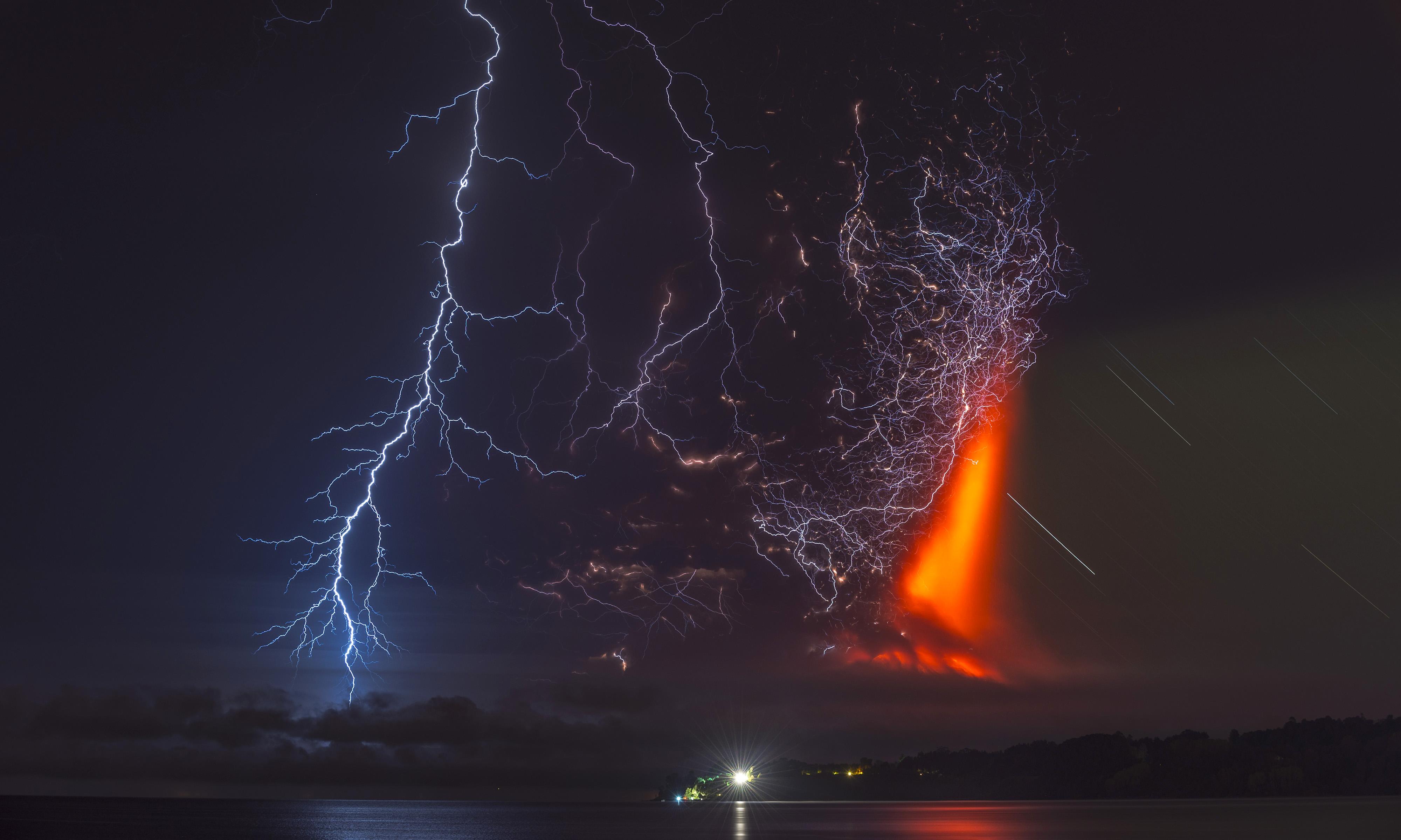Erupción del volcán Calbuco en 2015 | Francisco Negroni | Agencia UNO