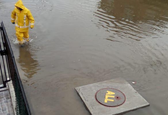 Hualpén | Pasaje de Parque Central inundado otra vez, pese a las obras de reparación que se realizaron meses atrás | Nicole Briones (BBCL)