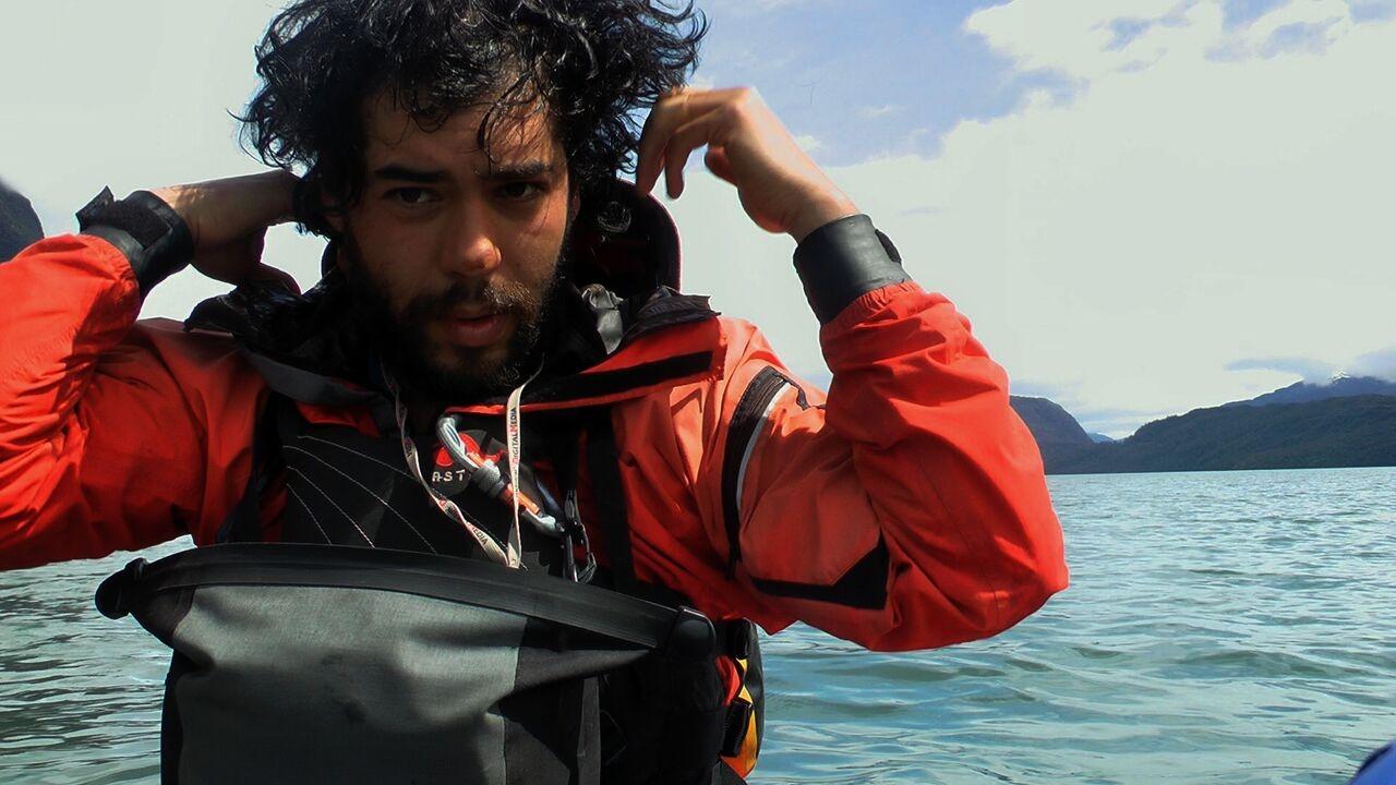 Exploración en Katalalixar. Foto: Rodrigo Poliche
