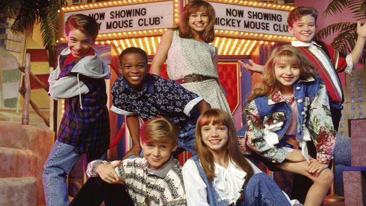 Gosling y Spears en el lado inferior de la imagen | Mickey Mouse Club