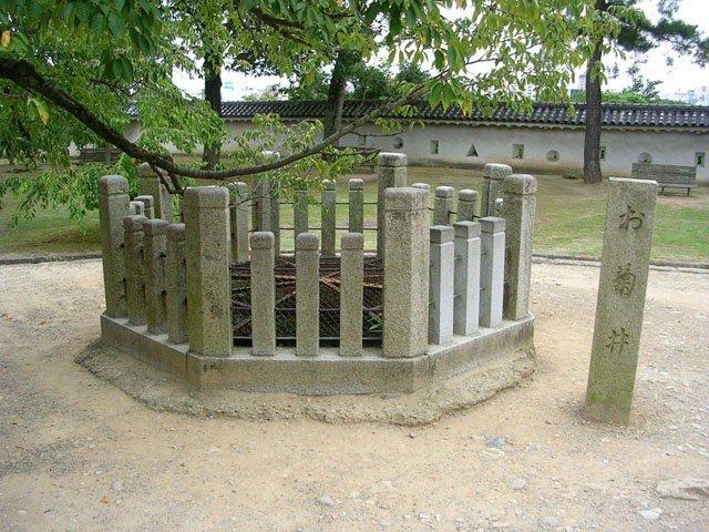 "Poza de ""Okiku"" | Castillo Himeji"