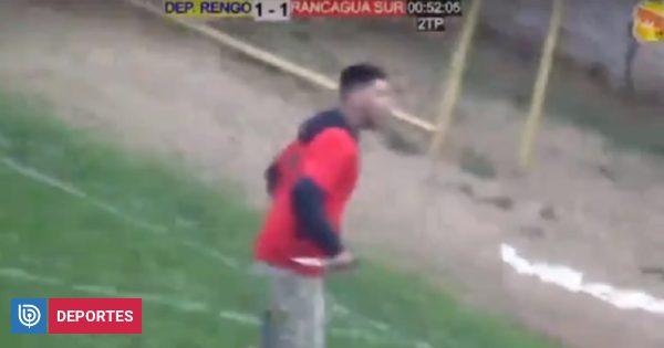 El video de la repudiable pelea entre hinchas de Rengo y Rancagua: un hincha apuñalado en la cancha