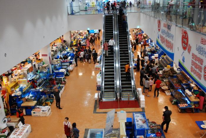Mercado mayorista de pescado de Noryangjin | www.visitkorea.or.kr