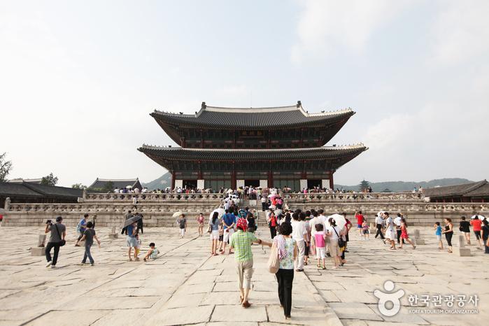 Palacio Gyeongbokgung | www.visitkorea.or.kr
