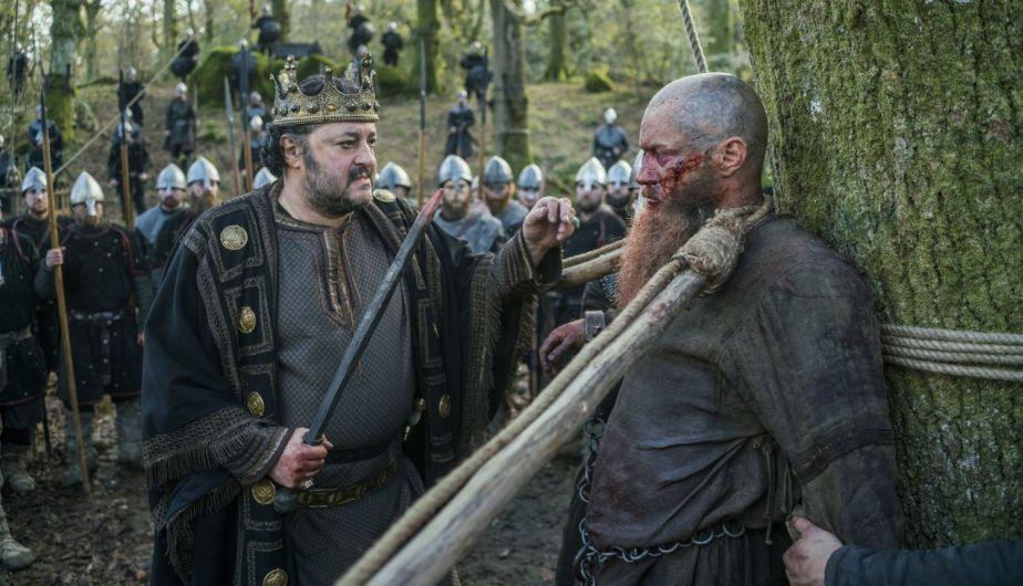 Ella y Ragnar | Vikings