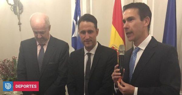 Beñat San José se emocionó hasta las lagrimas en homenaje que le realizó la embajada de España