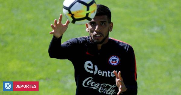 La U y la UC se lo pelean: Augusto Barrios asoma como refuerzo para un equipo grande