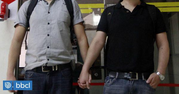 Pareja homosexual de trabajador que se suicidó por acoso laboral deberá ser indemnizado