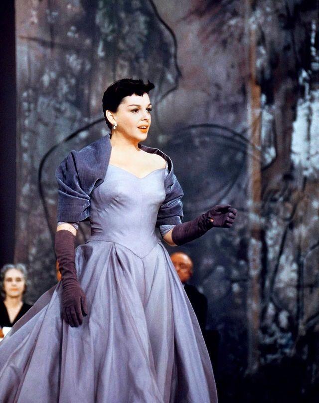 Judy Garland en la antigua versión de A Star is born