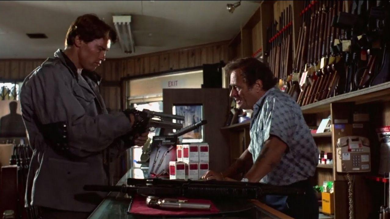 Dick Miller en Terminator (1984)