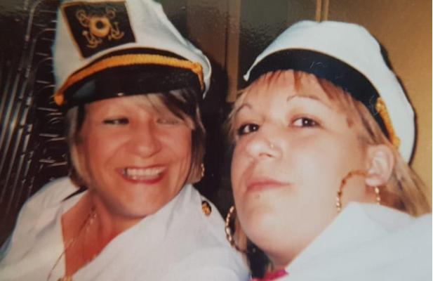 Resultado de imagen para Lisa Wagstaff y su madre Angie