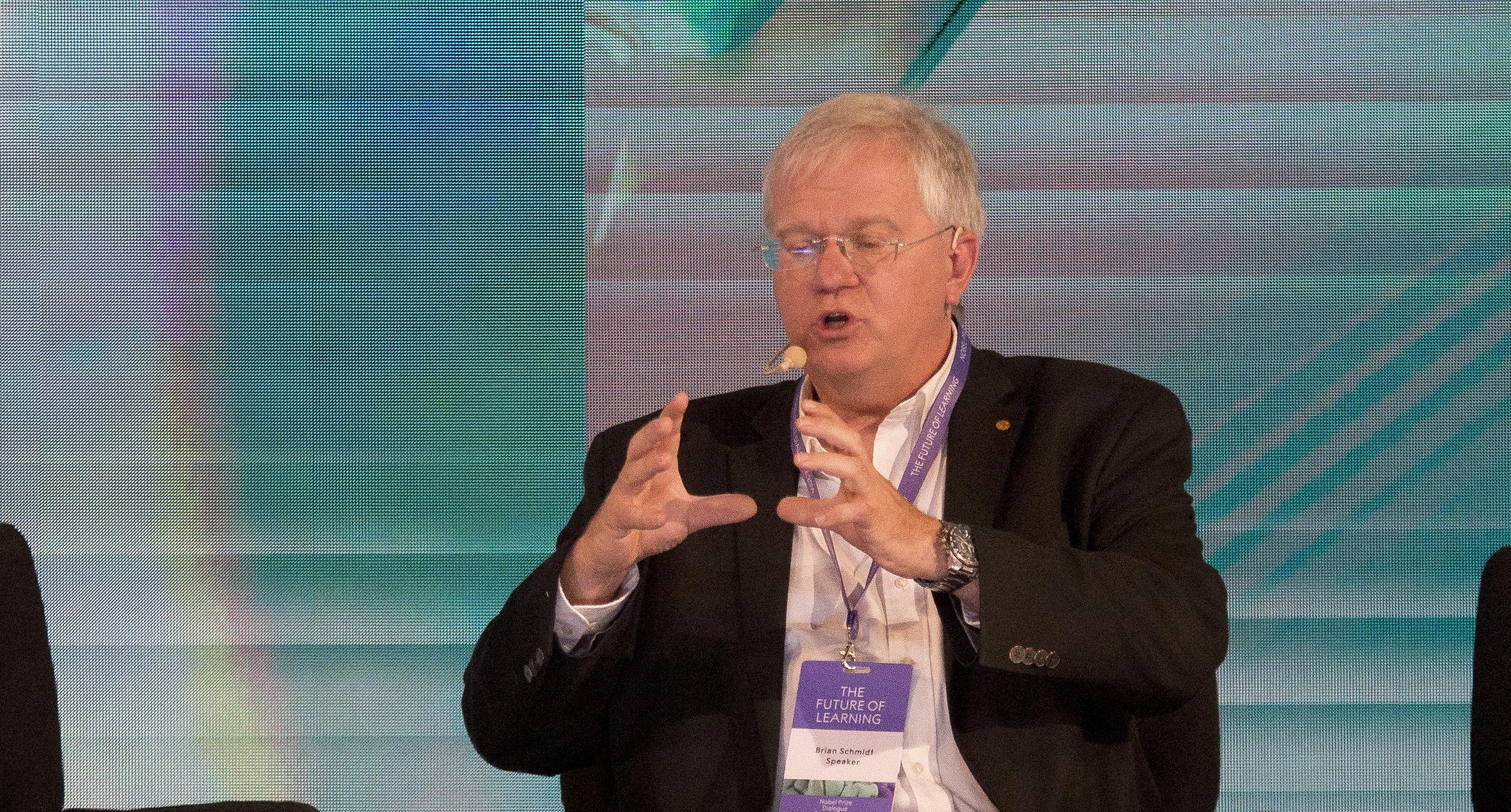 Schmidt visita ocasionalmente Chile para dar charlas de astronomía | Congreso Futuro