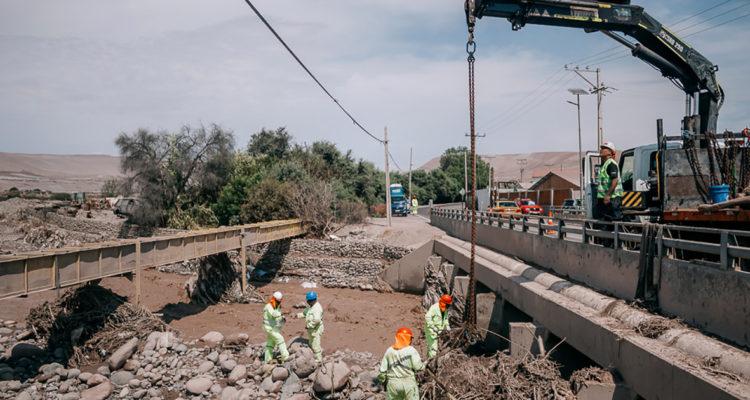 Limpieza de escombros en Arica   Alejandro Romero   Agencia UNO