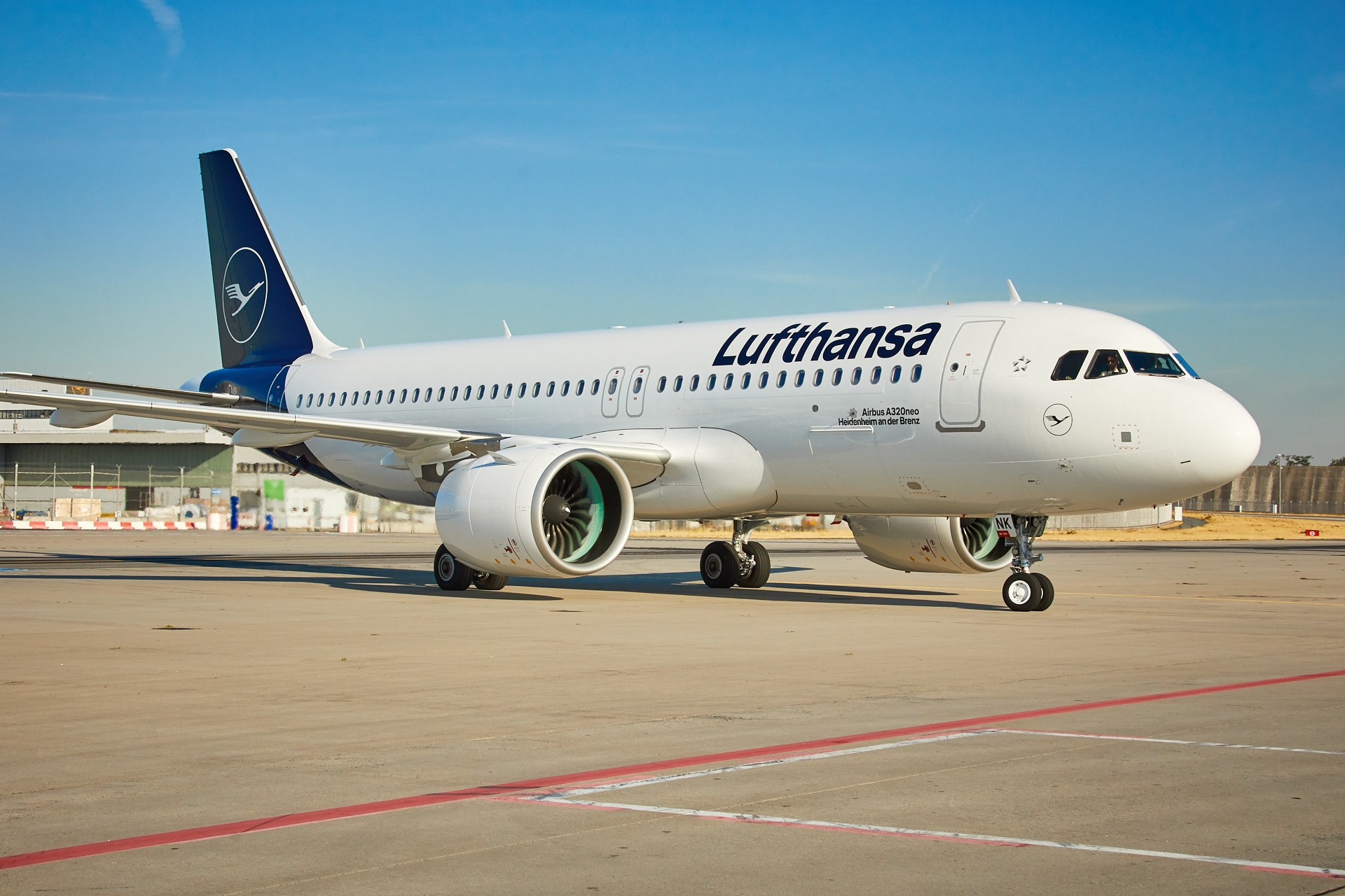 A320neo - Lufthnsa | Samchui.com