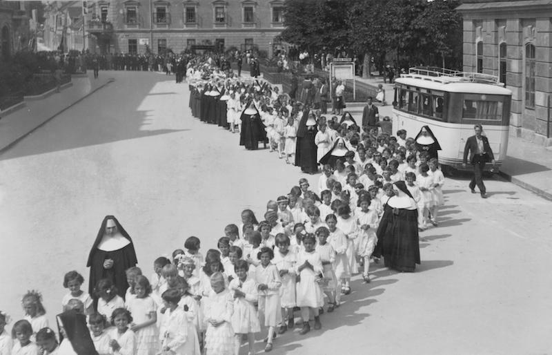 Hermanas Educacionistas Franciscanas de Cristo Rey. Foto referencia