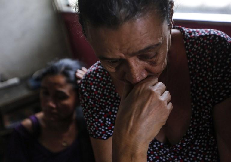 Madre de joven manifestante detenido | Agencia France-Presse