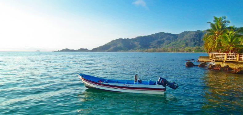Imagen de una de las playas ubicadas entre Capurganá y Sapzurro | Colombia Travel Blog