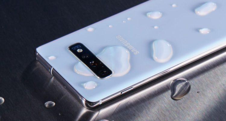 62513628762 Galaxy S10, el teléfono que te permitirá compartir carga con otro celular o  accesorio inalámbrico