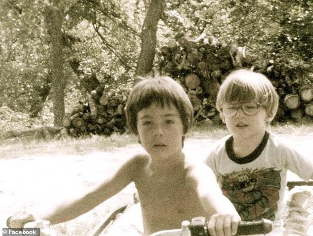 Patrick a los 2 años | Daily Mail