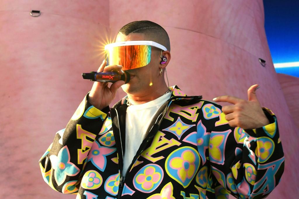 Soldador Causan Las Bad Gafas Usó De Bunny Coachella Que En QtrxshdC