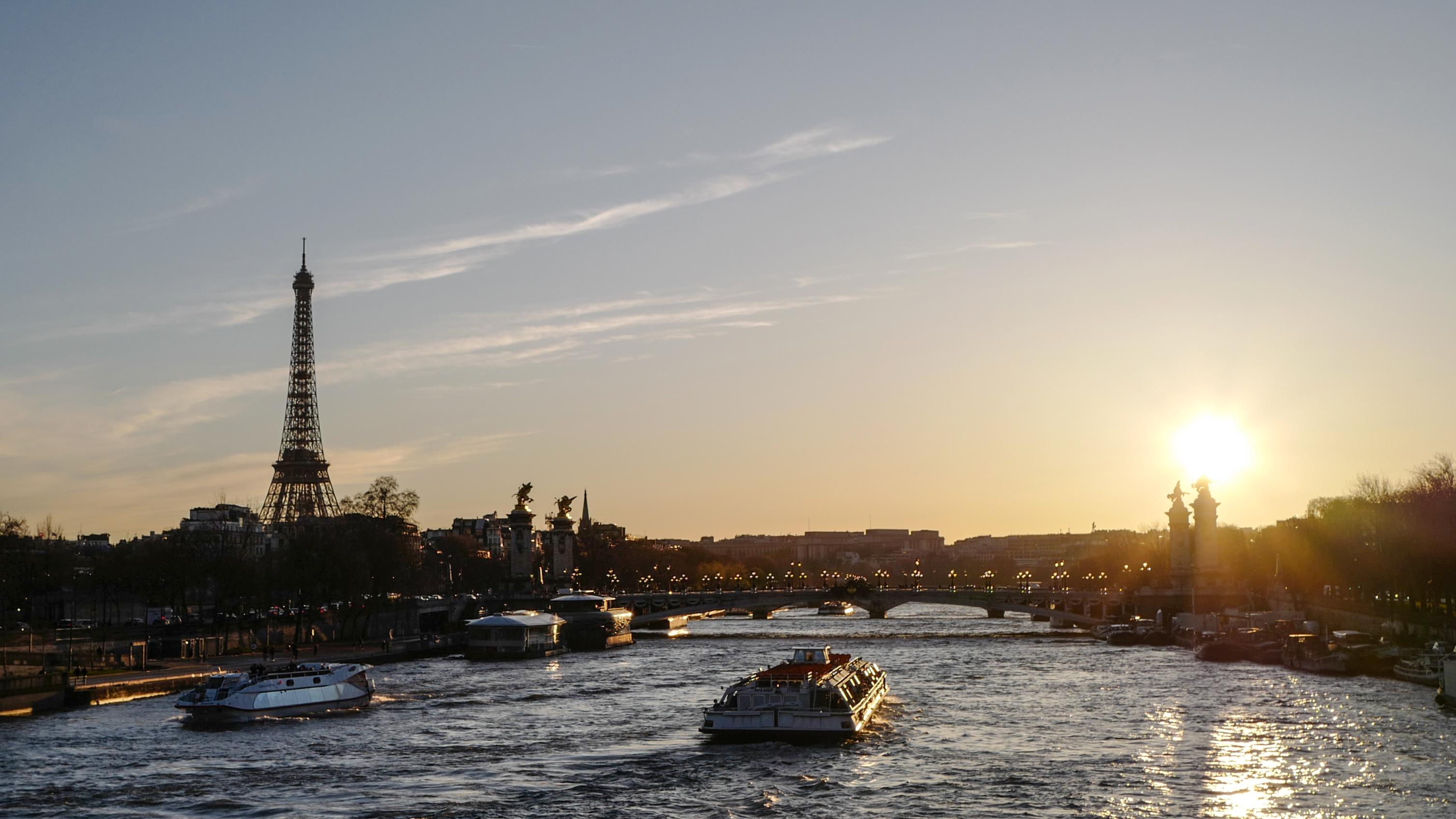 Torre Eiffel al atardecer. Crédito: Agence France Presse