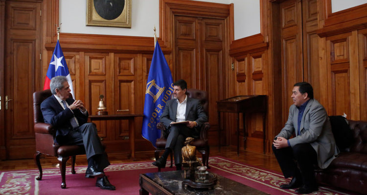Diputados del PS se reunen con el presidente de la Corte Suprema | Sebastián Borgca | Agencia Uno