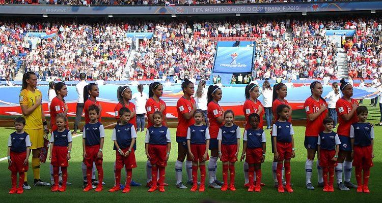 Deportes: Las chicas necesitan dos empates ajenos para clasificar