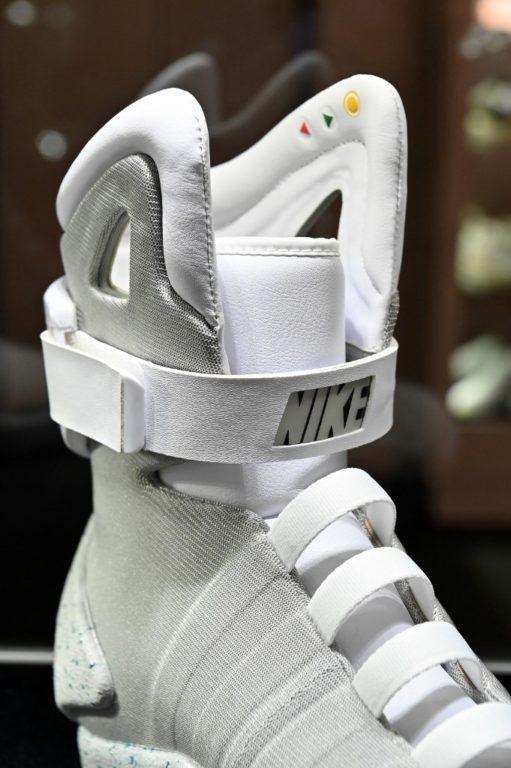 Colección de zapatillas de lujo se vende por precio récord