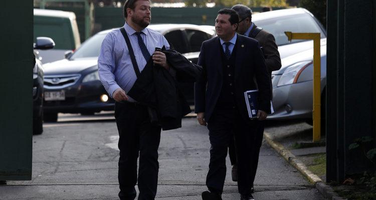 Fiscal Metropolitano sur Hector Barros (c ) | Sebastian Brogca | Agencia Uno